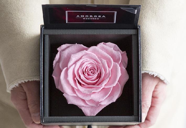 pink-HEART-box.jpg